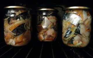 Домашние консервы из скумбрии в духовке