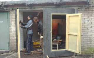 Утепляем ворота гаража видео